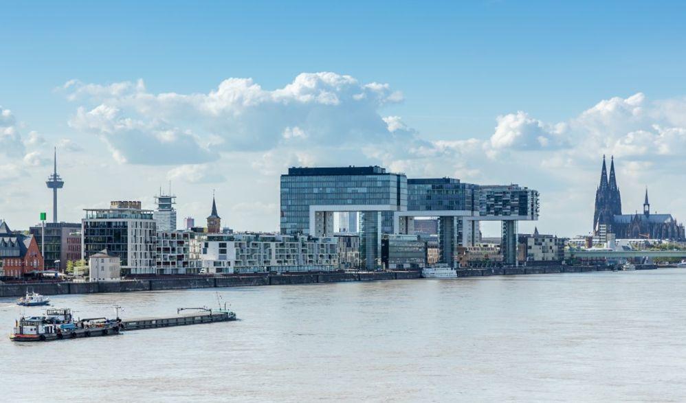 In die Hansestadt Köln
