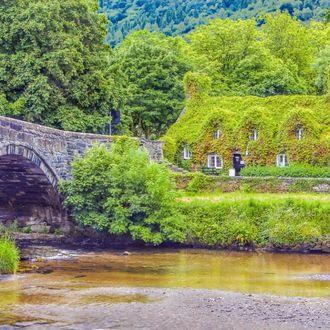 Wales 1. Termin