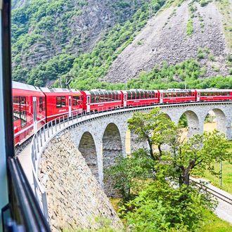 Erlebnisfahrten mit der Bahn durch Südtirol & Schweiz