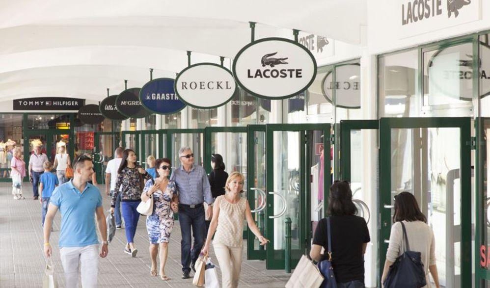 Shoppingtour im Designer Outlet Parndorf