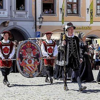 Mittelalterliches Rosenfest in Krumau